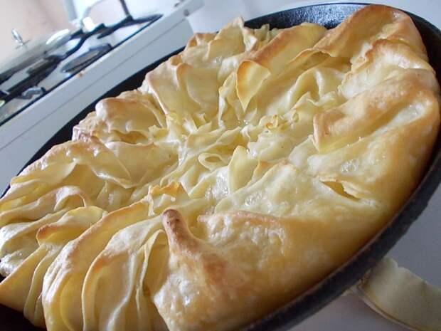 сырный пирог с сулугуни