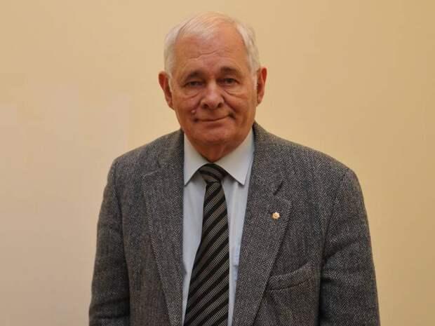 Леонид Рошаль поддержал обязательную вакцинацию