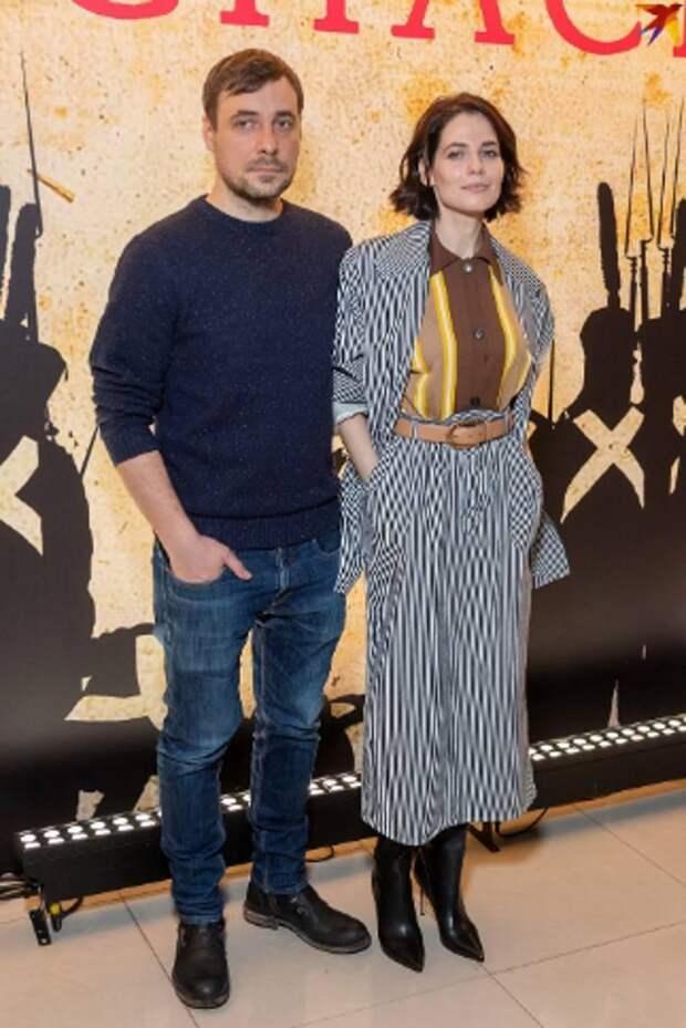«Словно с мужского плеча»: дизайнер похвалил Снигирь за трендовый жакет