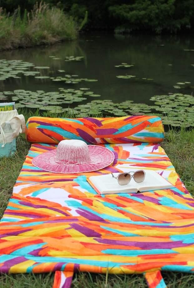 Как сшить удобный пляжный коврик из полотенец своими руками