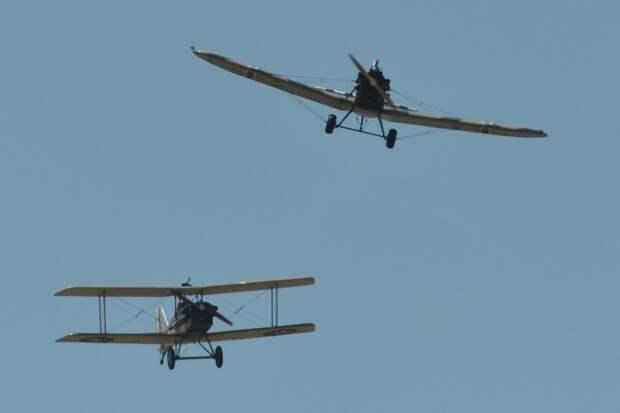 Воздушные богатыри: истребительной авиации России исполнилось 105 лет