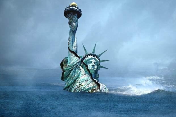 Ударит, как тонна кирпичей: финансовый эксперт предрек США серьезные проблемы