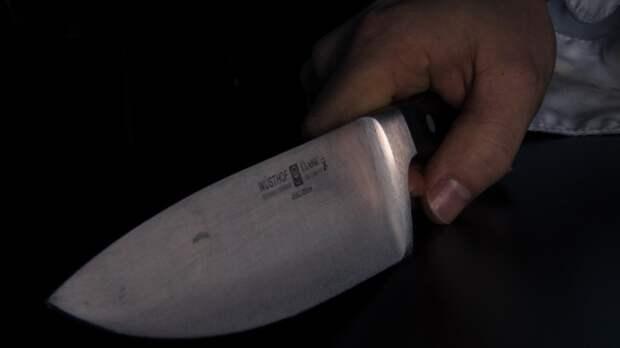 Пенсионерка одним ударом ножа убила собственного сына в Кабардино–Балкарии