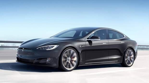 Запас хода электрокара Tesla Model S Plaid сократился из-за больших колес