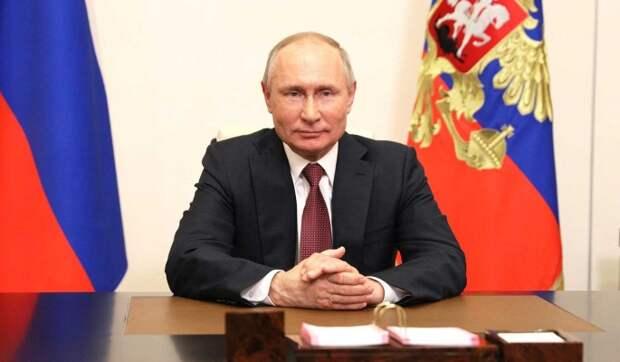 Путин успокоил расплакавшегося от волнения мальчика