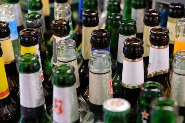 Роспотребнадзор опроверг информацию о запрете продажи алкоголя в праздники