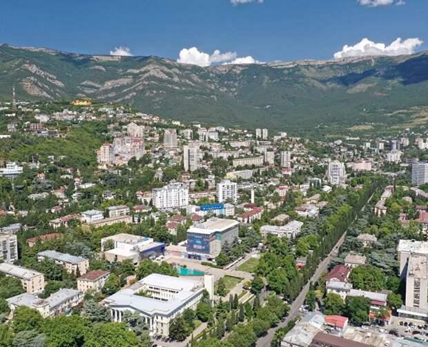 Глава Минкурортов призвал отельеров Крыма заранее подумать об осеннем сезоне