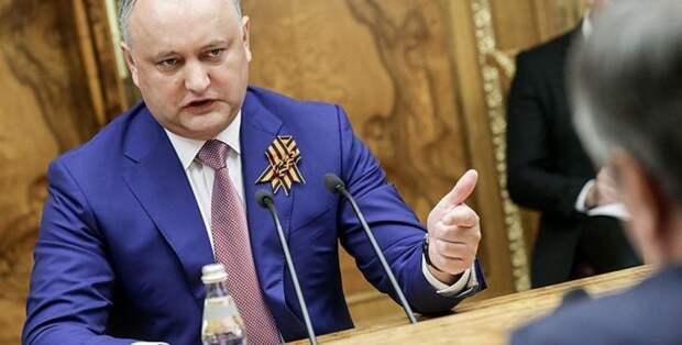 «Украинского сценария не допущу»: Додон ответил прозападному правительству, процитировав Путина.