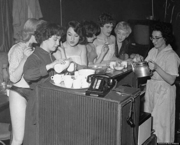 burlesque22 Краткая, но потрясающая история бурлеска в 1950 х годах