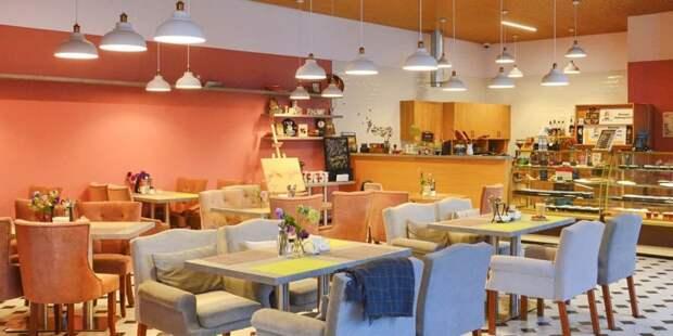 В Москве по просьбе бизнеса проведут эксперимент с COVID-free ресторанами. Фото: Ю. Иванко mos.ru