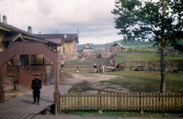 14 цветных фото сталинской России, которые не публиковались ранее