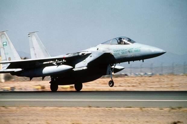 Угон истребителя F-15: как Москва упустила возможность изучить американский самолет