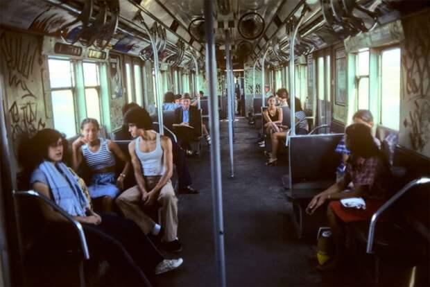 «Ад на колесах»: скандальный фотопроект о нью-йоркском метро 80-х годов.