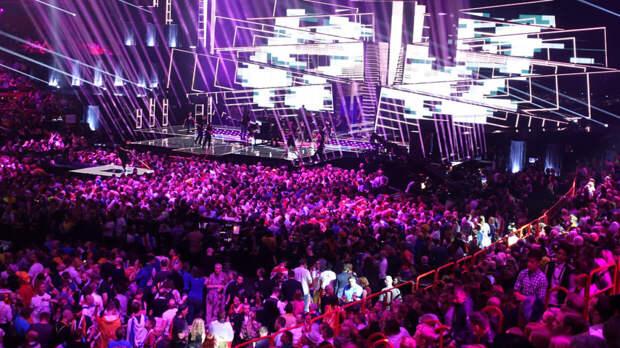 Филипп Киркоров пообещал Даве Манукяну участие в Евровидении
