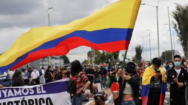 В Колумбии за неделю протестов пропали без вести 89 человек