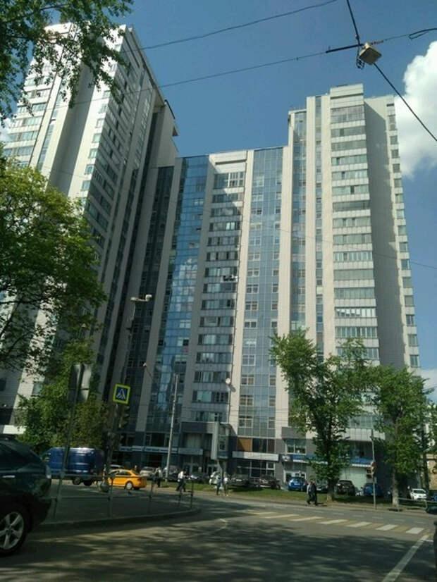 Владимир Фриске о продаже Шепелевым квартиры певицы: «Сын ему нужен только ради Жанниных денег»