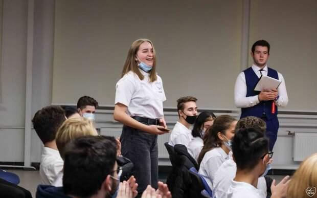 Школа волонтеров открылась в МАИ