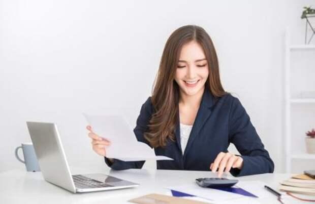 «Язаслужила эту прибавку»: женщина сама повысила себе зарплату, считая, что достойна этого