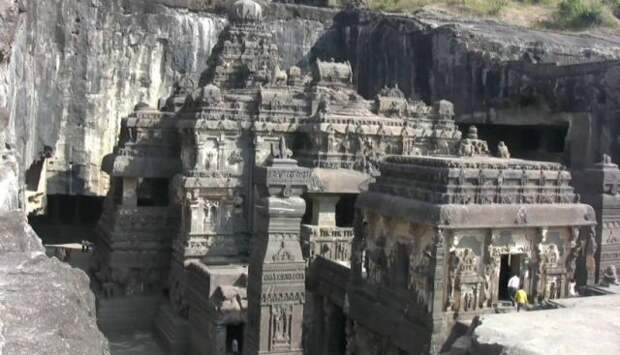 Как древние архитекторы нарезали скалы, как колбасу.