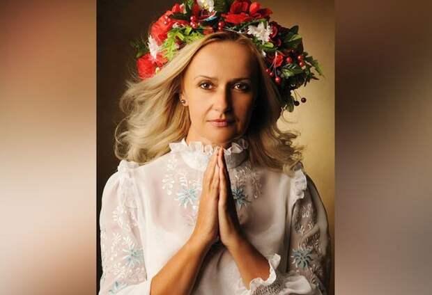 """Украинский политик призвала """"давать ногой в челюсть"""" говорящим по-русски"""