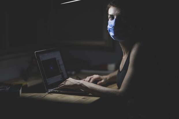 Зараженная коронавирусом женщина скрывается от властей Севастополя