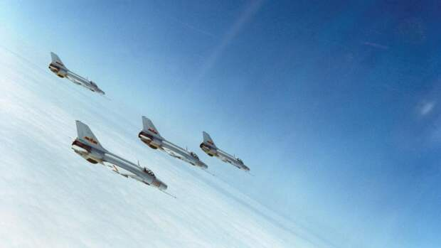 «Сухой» остаток: чем интересна китайская копия Су-27