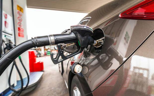 Бензин в России будет стоить как в Европе. Но не сейчас