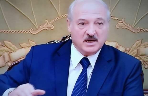 Лукашенко показал, кому доверяет: Белоруссия закрыла границу для всех, кроме РФ