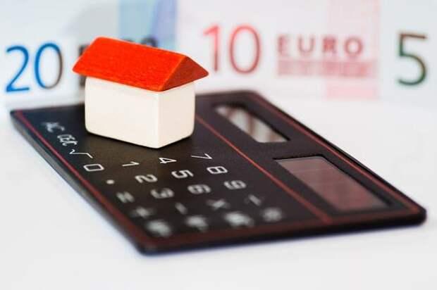 Миллиардер Рыбаков раскритиковал желание россиян брать ипотеку: «Нет никакой квартиры, но есть долг»