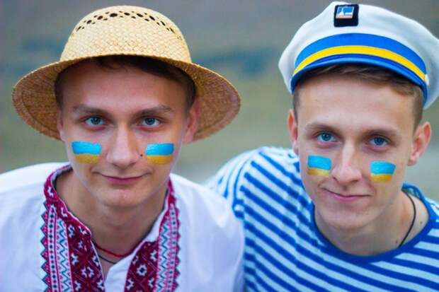 Позор украинских «адекватников»