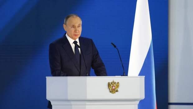 Политолог Евстафьев объяснил отсутствие темы Украины в послании президента