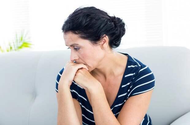 Позвонила золовка: «Забирайте мать после инсульта себе, двух инвалидов я не вывезу»