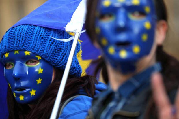 Слуцкий: Россия должна «жестко и адекватно» реагировать на провокации Европы