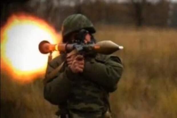 Новый гранатомет и поседевший полковник-ефрейтор