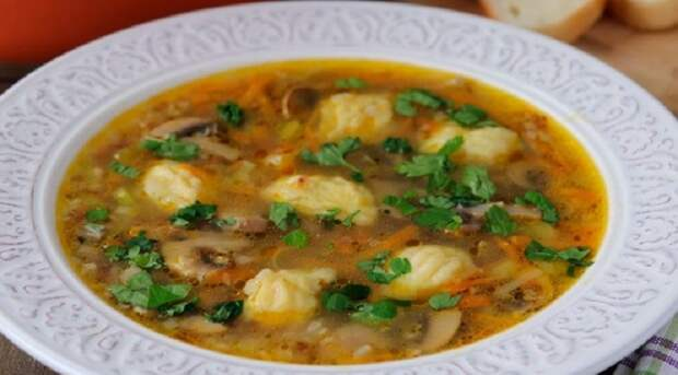 Гречневый суп с галушками: если хочется чего-то новенького