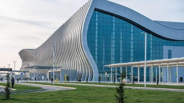 Более 6 миллионов туристов ожидают в аэропорту Симферополя