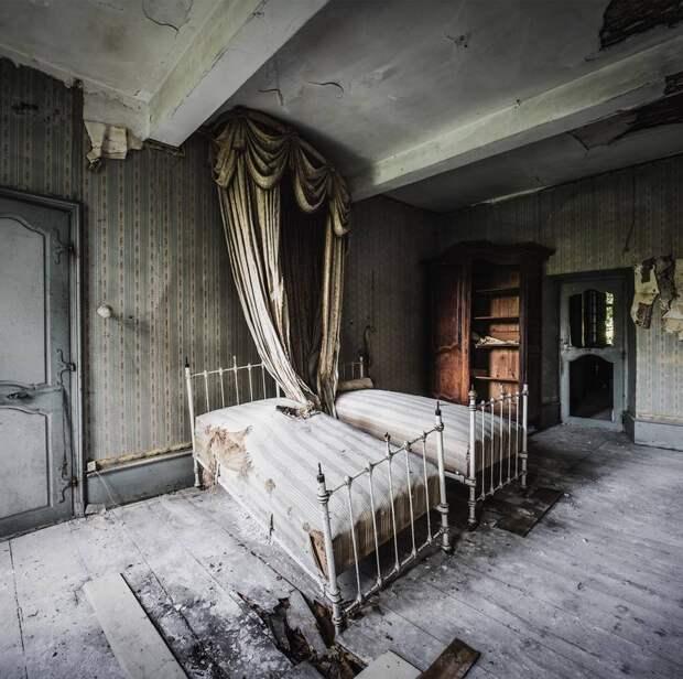 Эстетика заброшенных мест на снимках Саймона Йонга