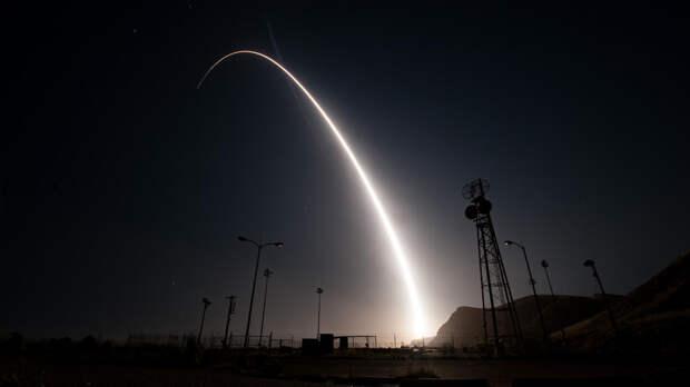 Твит Пентагона о ядерном оружии насмешил и напугал американцев