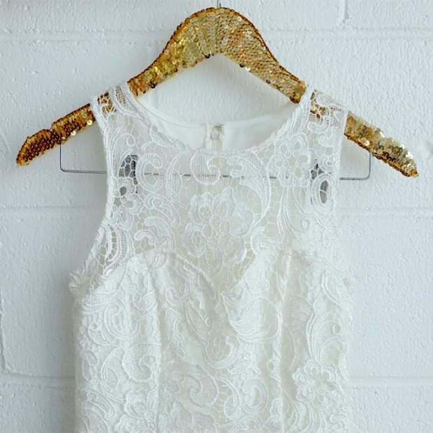 тесьма с пайетками нарядная вешалка для свадебного платья своими руками