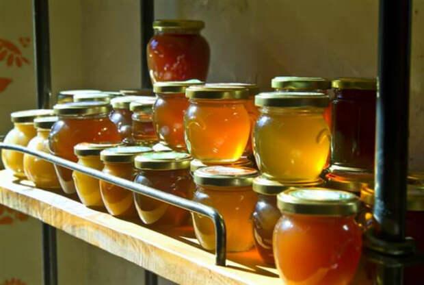 Хранение меда. | Фото: СразуЧисто.ком.