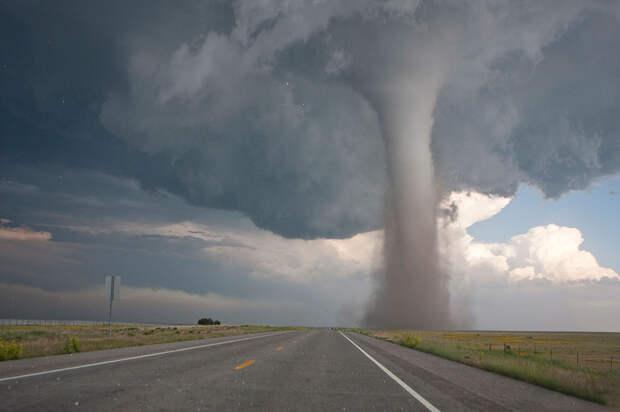 360°-видео торнадо в США