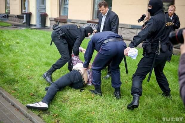 Белорусское ТВ о протестах студентов в Минске