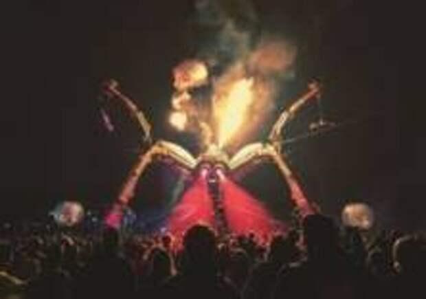 Билеты на фестиваль в Гластонбери раскупили за полчаса