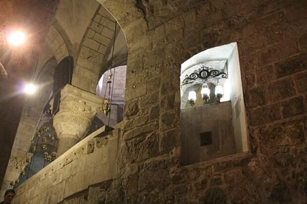 Окно,где стояла царица Елена