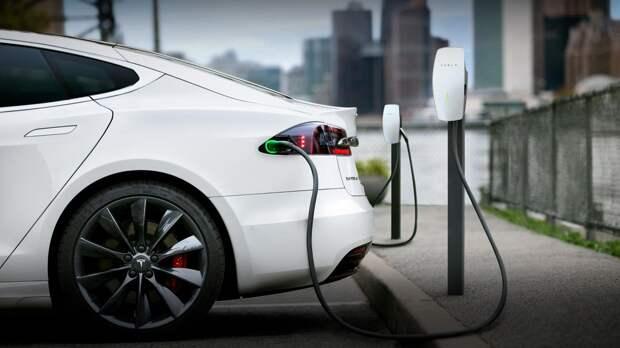 Почему каждый пятый покупатель электромобилей возвращается к ДВС