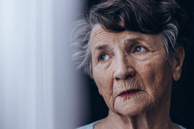 Исследование: женщины живут дольше мужчин даже во время голода и эпидемий