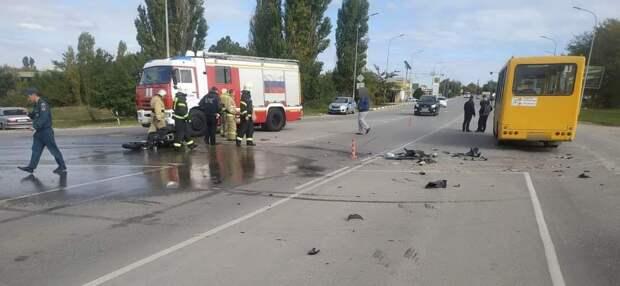 В Крыму водитель мотоцикла погиб после столкновения с пассажирским автобусом
