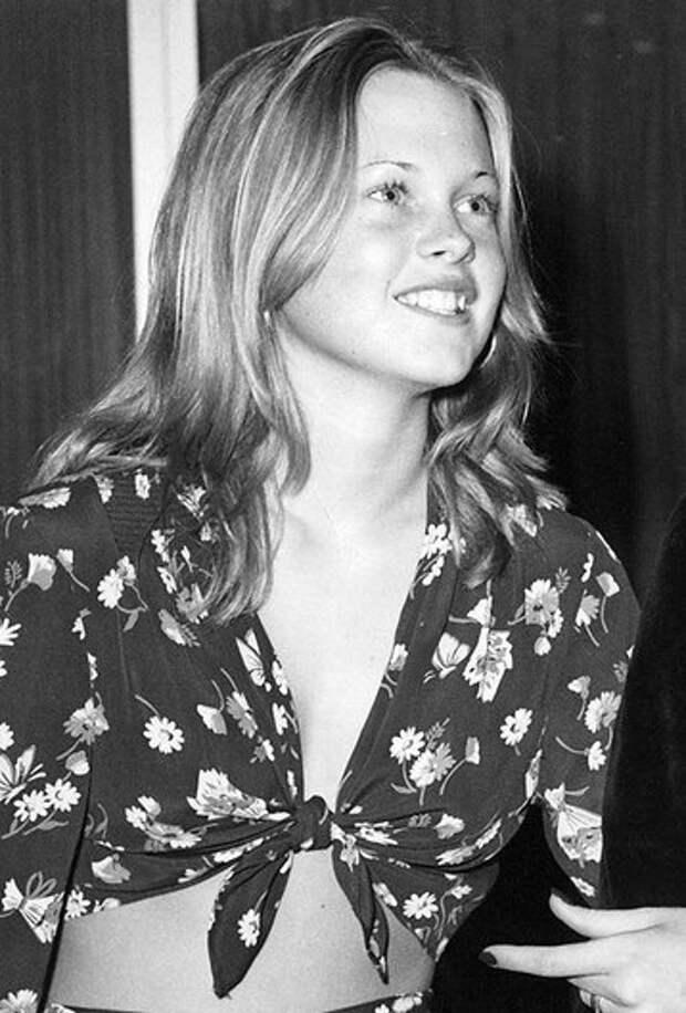 Хелен Миррен, Ким Кэтролл и еще 8 крутых актрис за 50: какими они были в юности