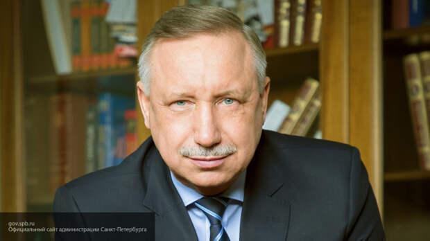 Беглов душевно поздравил петербуржцев с Днем народного единства