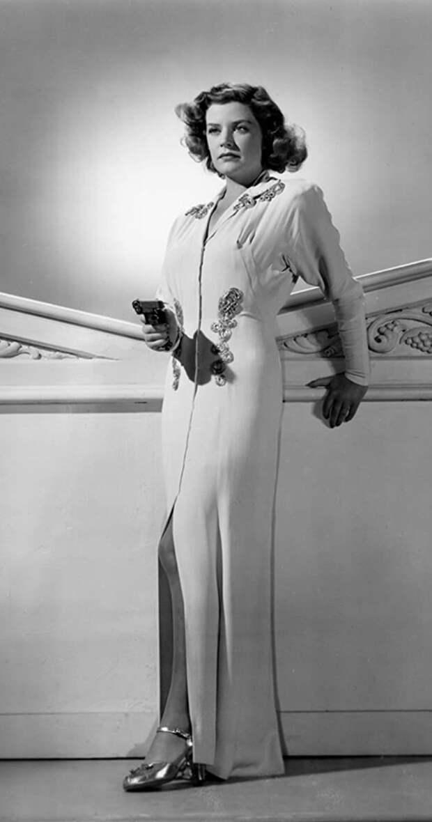 Красотка из 50-х Карен Верне